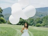 22 Giant Balloon Ideas For Your Big Day7