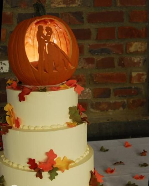 Picture Of Pumpkin Wedding Cake Ideas For Fall 5