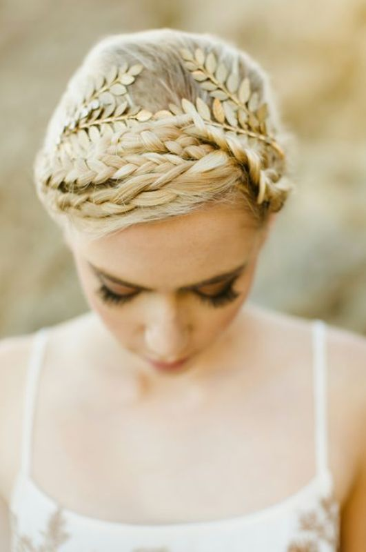 Picture Of breathtaking bridal headbands that we love  11