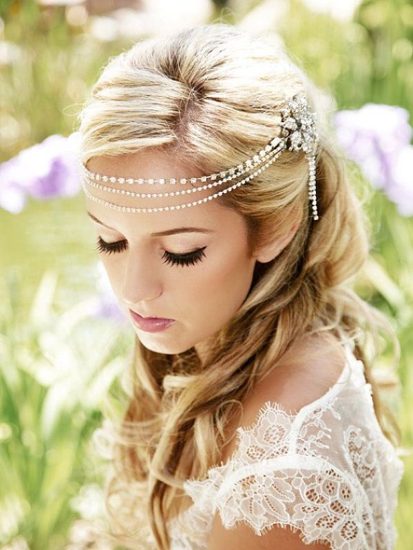 Picture Of breathtaking bridal headbands that we love  12