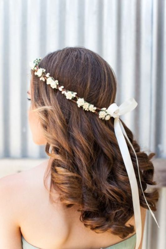Picture Of breathtaking bridal headbands that we love  18