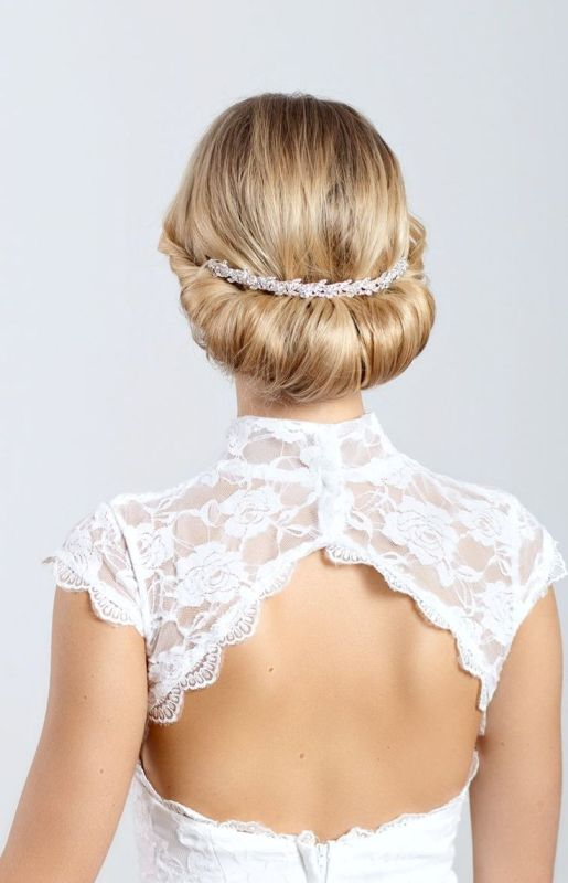 Picture Of breathtaking bridal headbands that we love  2