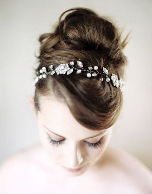 Picture Of breathtaking bridal headbands that we love  5