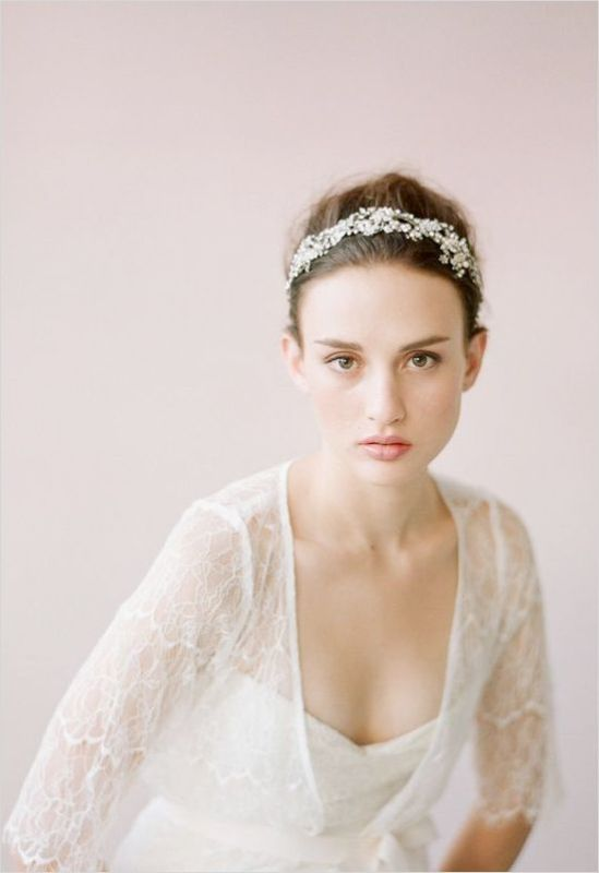 Picture Of breathtaking bridal headbands that we love  6