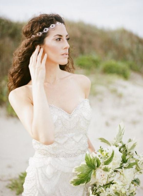 Picture Of breathtaking bridal headbands that we love  7
