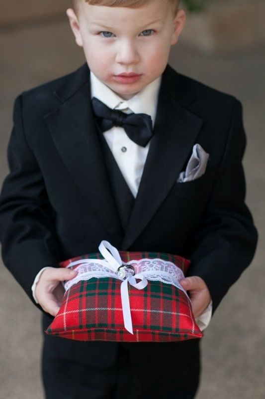 Picture Of fancy tartan ideas for your winter wedding  3