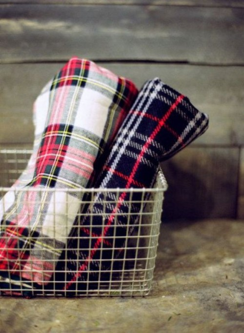 Fancy Tartan Ideas For Your Winter Wedding