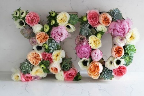 23 Flower Letters Ideas For Your Wedding Decor
