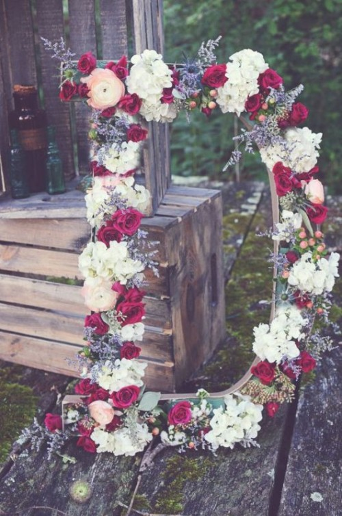 23 Flower Letters Ideas For Your Wedding Decor Weddingomania