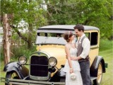24 Chic Retro Styled Car Ideas For Your Wedding11