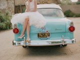 24 Chic Retro Styled Car Ideas For Your Wedding12