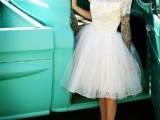 24 Chic Retro Styled Car Ideas For Your Wedding13