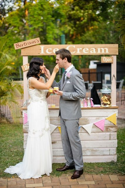 Picture Of Cool Wedding Ice Cream Ideas 12
