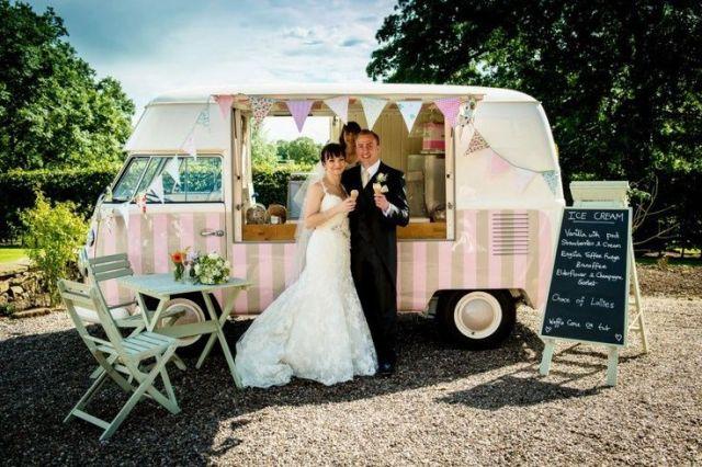 Picture Of Cool Wedding Ice Cream Ideas 7