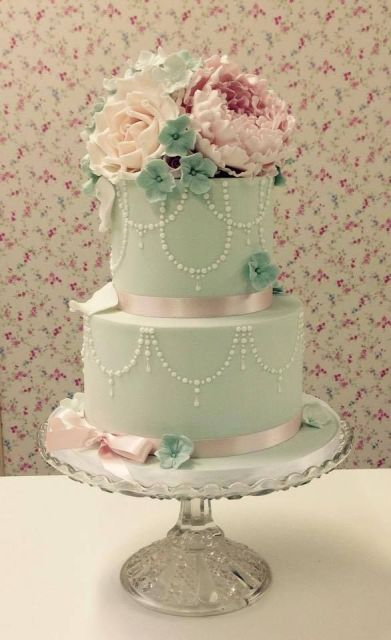 24 Gentle Mint Green Colored Wedding Cakes - Weddingomania