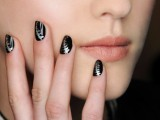 black nails with silver touches look chic, stylish and statement-like and will fit many bridal looks