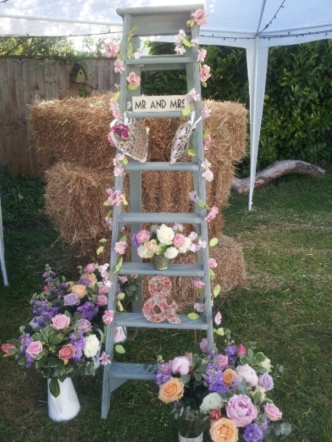 Picture Of Awesome Ways To Incorporate Ladders Into Your Wedding 8
