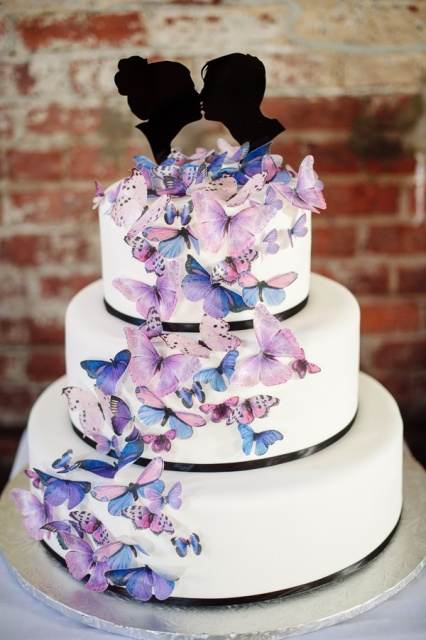 25 Awesome Wedding Cakes With Butterflies