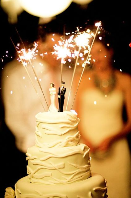 25 Cool Sparkler Wedding Décor Ideas