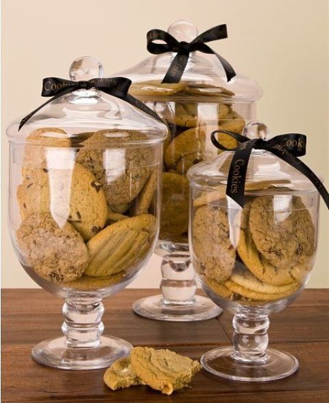 serve the cookies in large glass jars placing tags - this is a timeless way to serve them comfortably