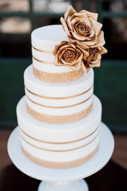 Elegant Striped Wedding Cakes