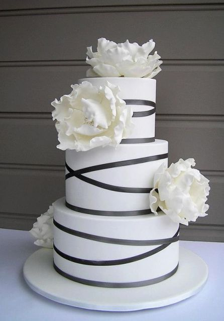 Picture Of Elegant Striped Wedding Cakes 16
