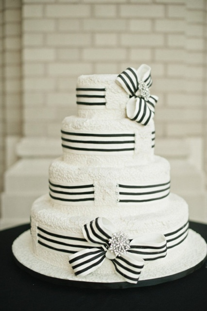 Picture Of Elegant Striped Wedding Cakes 23