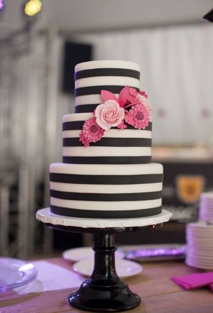 25 Elegant And Stylish Striped Wedding Cakes