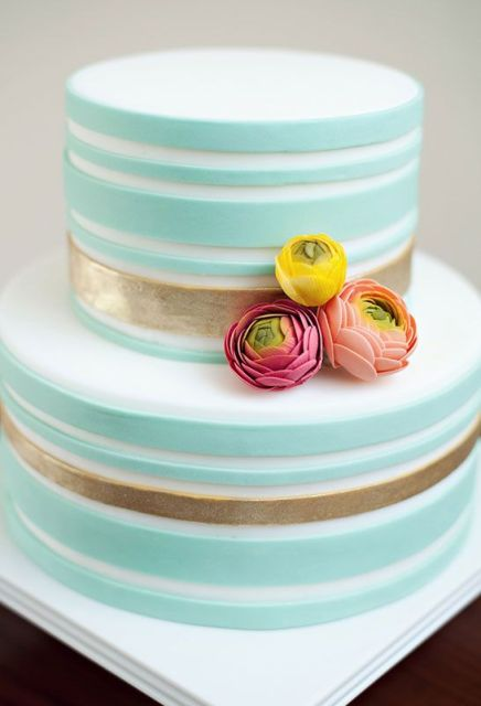 Picture Of Elegant Striped Wedding Cakes 3