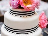 25 Elegant Striped Wedding Cakes4