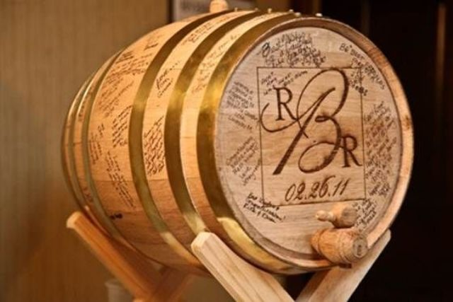 Picture Of Lovely Ideas To Use Wine Barrels At Your Wedding 20