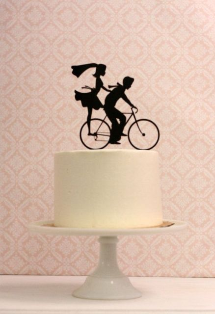 How To Incorporate Bicycles Into Your Wedding Decor: 25 Ideas