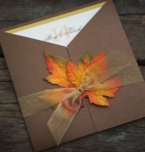Romantic Way To Incorporate Fall Leaves Into Your Wedding Decor