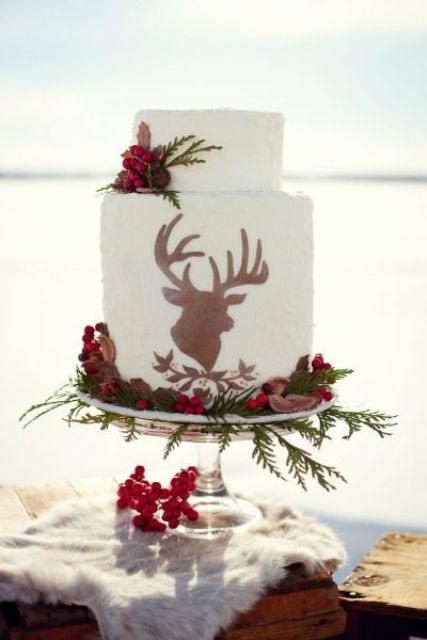 Picture Of Winter Wedding Cakes With Berries 21