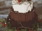 25 Winter Wedding Cakes With Berries3