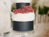25 Winter Wedding Cakes With Berries9