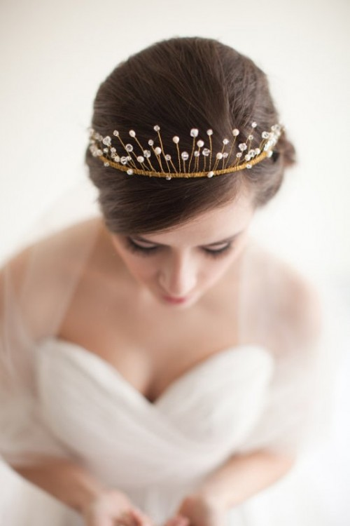 Awesome Ideas For A No Veil Wedding Look