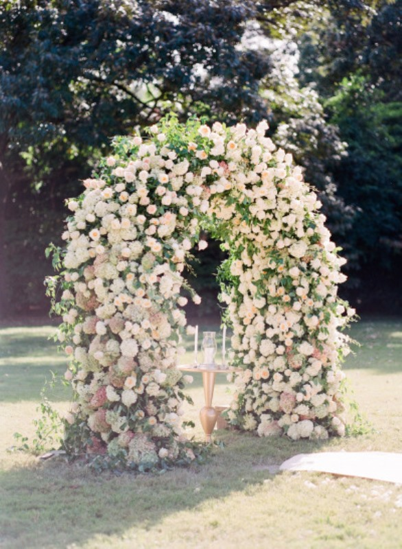 Picture Of beautiful wedding floral arches to get inspired  17