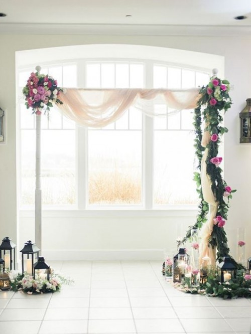 Beautiful Wedding Floral Arches To Get Inspired