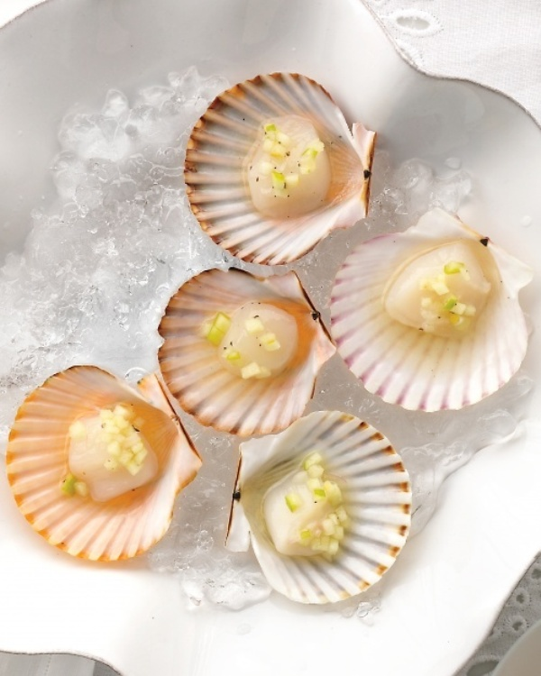 fresh seafood is the best beach wedding food idea that is loved by many people