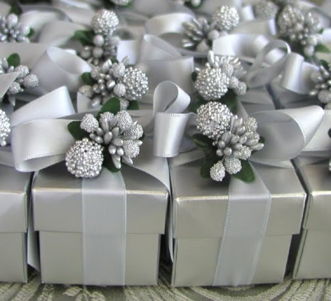 Picture Of enchanting winter wedding ideas in grey shades  10
