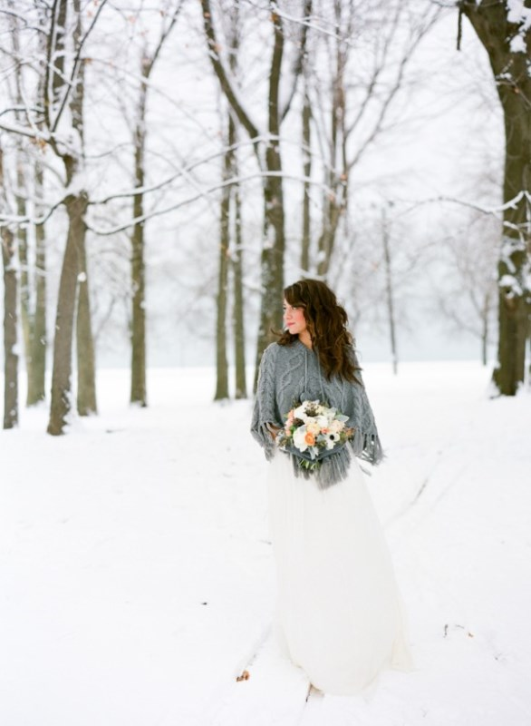 a grey knit coverup is a stylish piece for your winter bridal look and it will keep you warm and cozy