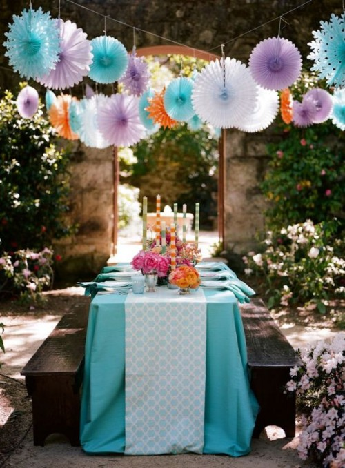 25 fanciful ideas of using pom poms and fans in your wedding decor 17 500x679