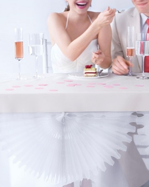 25 fanciful ideas of using pom poms and fans in your wedding decor 9 500x625