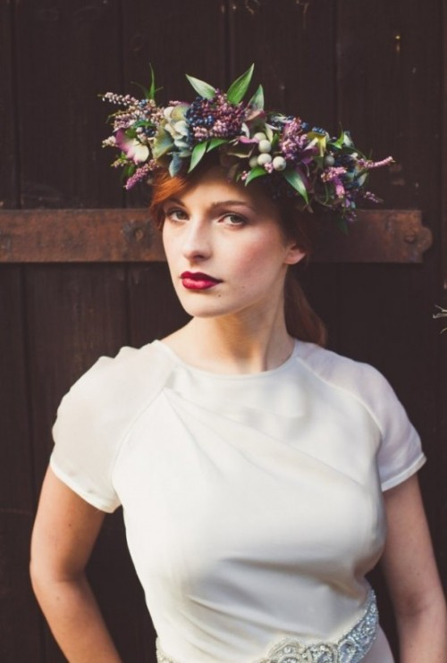 Gorgeous Fall Flower Crown Ideas For Brides