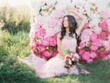 25-gorgeous-ways-to-use-ombre-wedding-flowers-1