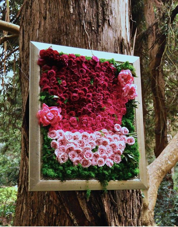 Picture Of gorgeous ways to use ombre wedding flowers  13