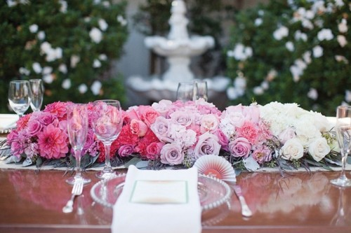 Gorgeous Ways To Use Ombre Wedding Flowers