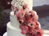 25-gorgeous-ways-to-use-ombre-wedding-flowers-20