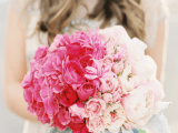 25-gorgeous-ways-to-use-ombre-wedding-flowers-9